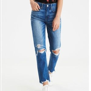 American Eagle high rise tomgirl jeans